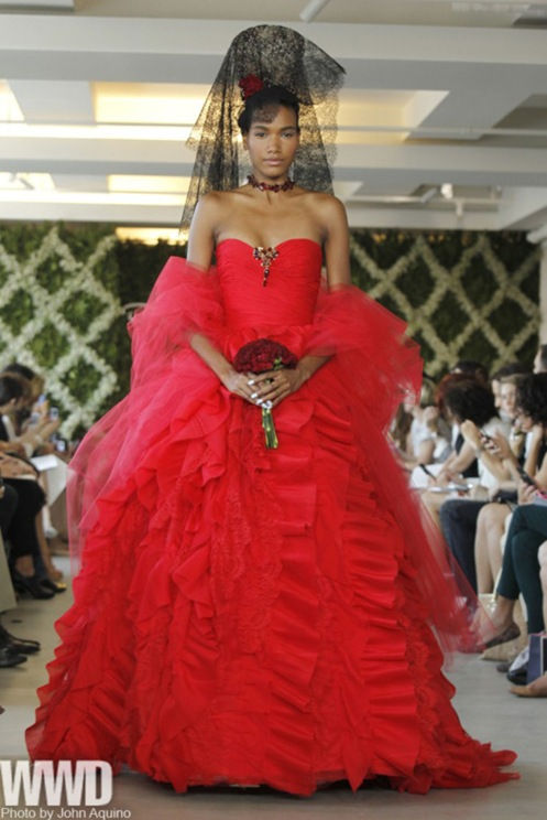 Oscar de la Renta red wedding gown Toronto ,Valencienne.