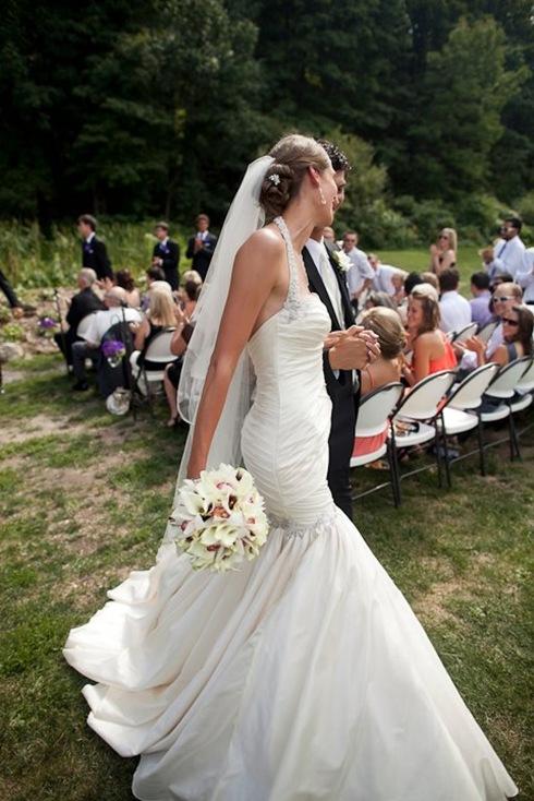 valencienne bridal toronto,couture custom wedding gowns,mermaid wedding gown,trumpet wedding gowns.