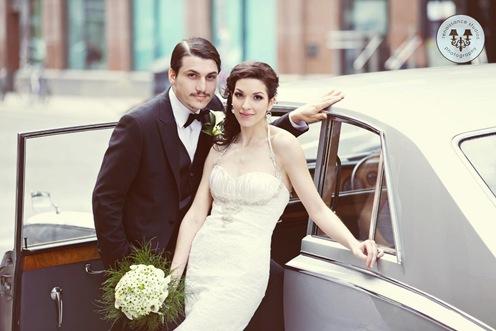 valencienne couture, wedding gown,valencienne bridal store,custom wedding gown.designerwedding gown , bridal boutique,trupet vintage wedding gown