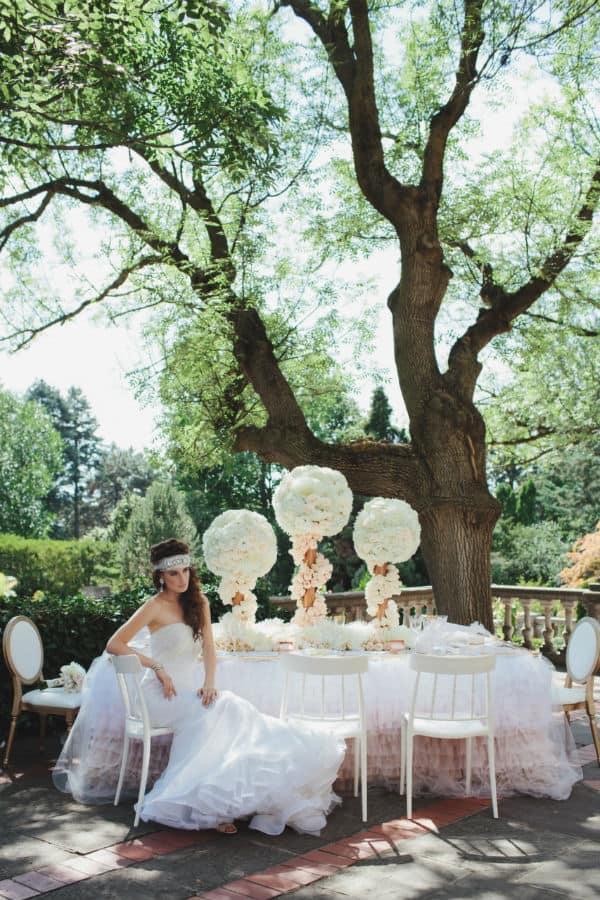 valencienne-rose-gold-glamour-photoshoot-1